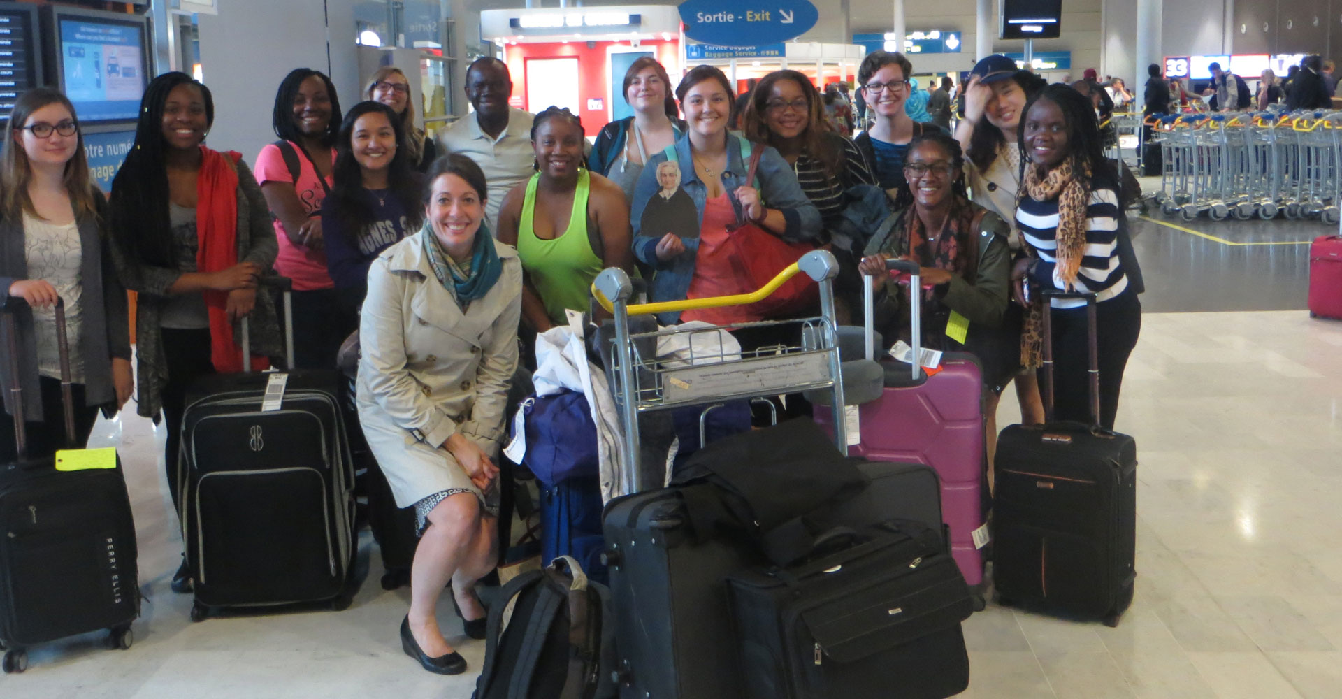 Students and faculty pose for a group photo on their Global Awareness trip to Ireland.